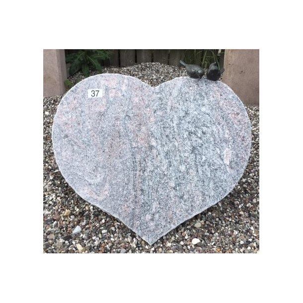 Hjerte i Granit med Bronze Fugle <br> 51x41x12 cm.