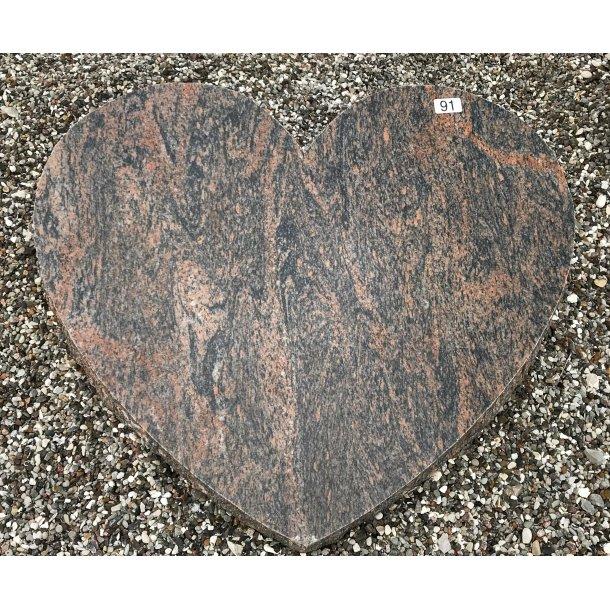 Gnejs Hjerte Poleret<br> Nordisk <br> 68x52 cm.