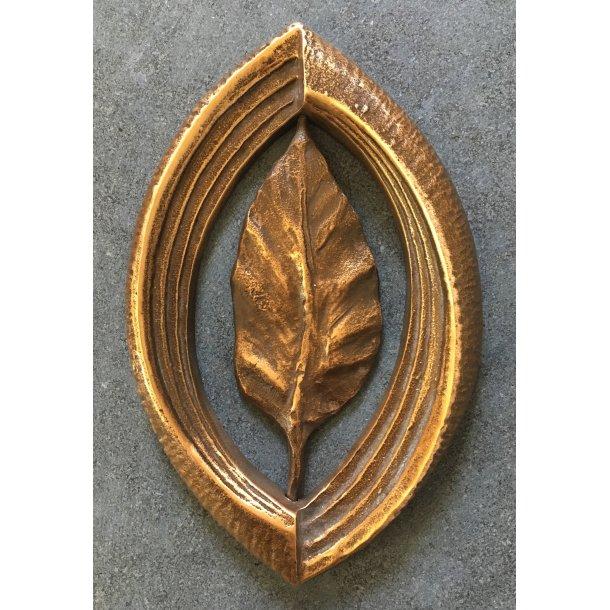 Bronze med drejbart blad <br> 18x12 cm.